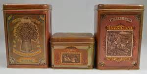 tin kitchen canisters vintage cheinco kitchen tin canisters set of 3 flour sugar coffee collectible ebay