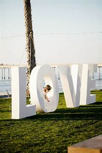 black white blush seaside wedding brollop och inspiration With big letters for wedding