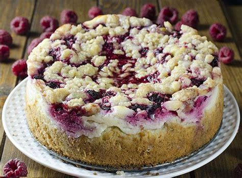This keto raspberry cream cheese coffeecake makes a breakfast or brunch a special event. Raspberry Cream Cheese Coffee Cake - Chocolate Dessert Recipes - OMG Chocolate Desserts