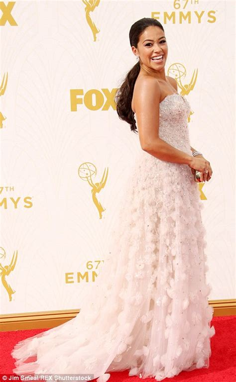 actress abby from jane the virgin sofia vergara and kerry washington shimmer on emmy awards