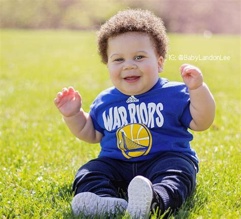 Wardell stephen curry ii is the son of sonya and dell curry.he was born in akron, ohio, at summa akron city hospital (the same hospital where lebron james had been born slightly over three years earlier), while his father was a member of the cleveland cavaliers. Meet Steph Curry's baby doppleganger, 'Stuff Curry'   Inquirer Sports