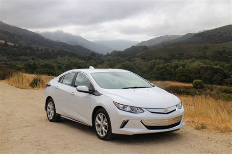 Best New Electric Cars 2016 by Chevrolet Volt Green Car Reports Best Car To Buy 2016
