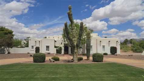Amazing Yard House Scottsdale Collection