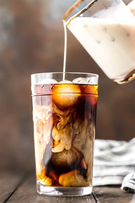Skip to easy homemade iced coffee content. How To Make Iced Coffee at Home - Cold Brew Coffee Recipe {VIDEO}