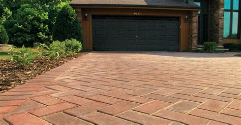 unilock michigan hollandstone premier pavers pavers retaining walls