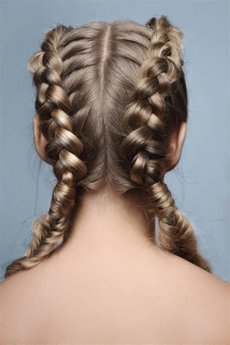 follow  easy steps   perfect french braid pigtails
