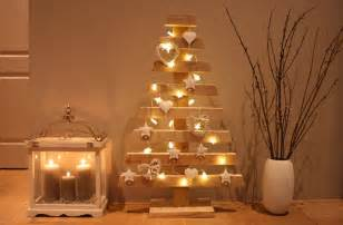 wedding day gifts last minute diy decorations candles lights chains wooden tree