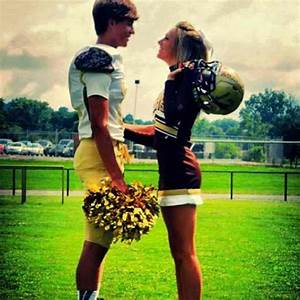 READ THE FAQ | Football Couples