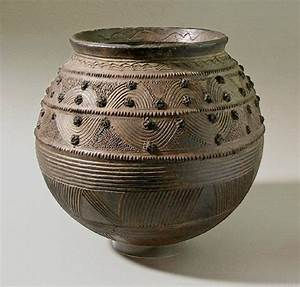 Ancient African Pottery | 475px-453px-Nigeria-pottery ...