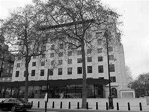 New Scotland Yard (building) - Wikipedia