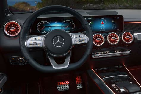 The new gla will make its debut in europe in the spring of 2020 and find its way to sales partners in the usa and china in the early summer or summer of 2020. 2020 Mercedes-Benz GLB Specs, Features & Price