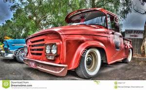 Pick Up Americain : camion pick up am ricain de dodge des ann es 1960 classiques photographie ditorial image du ~ Medecine-chirurgie-esthetiques.com Avis de Voitures