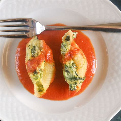 sauce for stuffed pasta the best baked stuffed pasta shells a ricotta filling and a delicious creamy tomato sauce