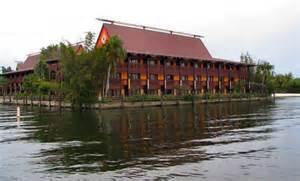 Polynesian Resort Disney World