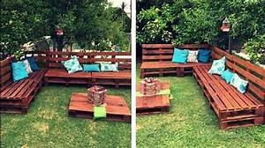 Salon De Jardin En Palette De Bois : comment faire un salon de jardin sur roulettes avec des palettes en bois ~ Voncanada.com Idées de Décoration