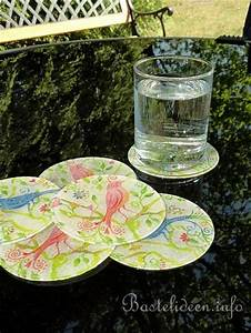 Papier Auf Glas Kleben : sommerbasteln serviettentechnik glas untersetzer ~ Watch28wear.com Haus und Dekorationen