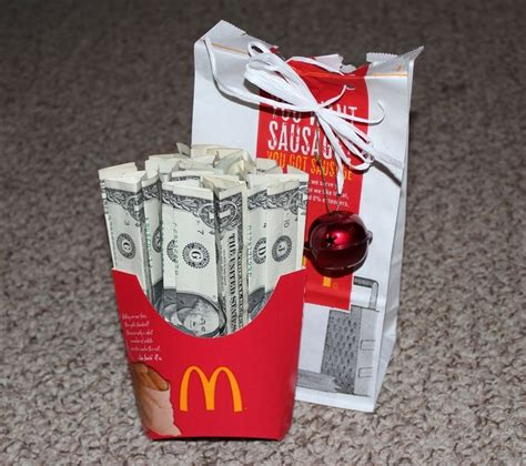 fun  clever money gift ideas  ways  give cash