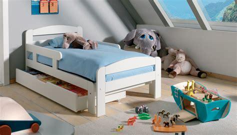lit extensible enfant en bois