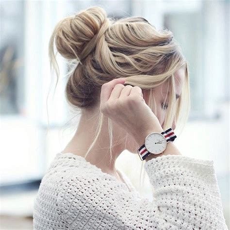 Messy Bun Guide: 40 Newest Messy Buns for 2018