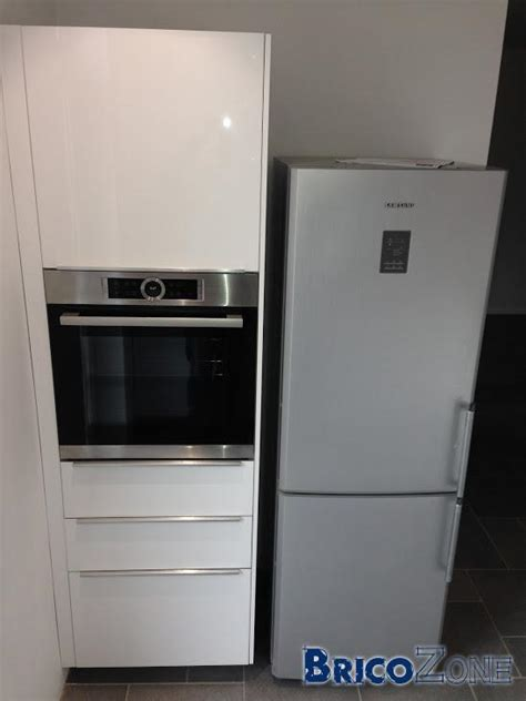 meuble a balai pour cuisine meuble frigo four ikea