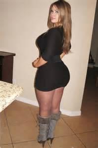 Bubble Butt Girls In Short Dresses - Sex Porn Images