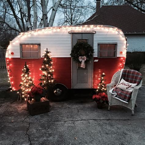 Decorating Ideas Vintage Travel Trailer by Trailers Decorated For The Holidays Tct Member Trailers
