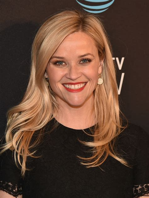 reese witherspoon long wavy cut long hairstyles lookbook