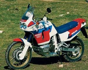 Honda Africa Twin 750 : la moto en afrique ~ Voncanada.com Idées de Décoration