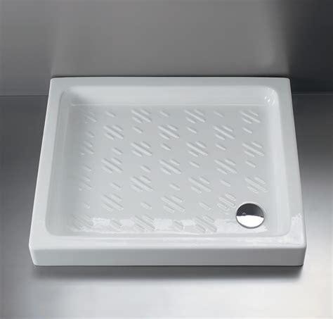 Piatti Doccia 60x60 by Piatto Doccia In Ceramica 70x85 Nibbio