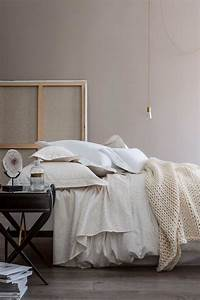 Housse De Couette Cocooning : top un lit cocooning avec des draps en lin with housse de couette cocooning ~ Teatrodelosmanantiales.com Idées de Décoration