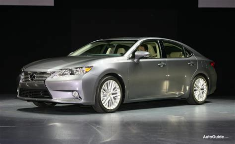 2013 Lexus Es300h Has 200 Hp And 39 Mpg Combined