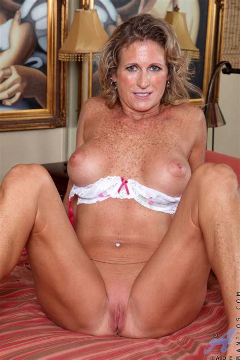 freshest mature women on the net featuring anilos jade milf boob