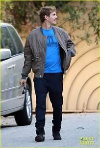 Rachel Bilson Had to Buy a Bag With Hayden Christensen's ...