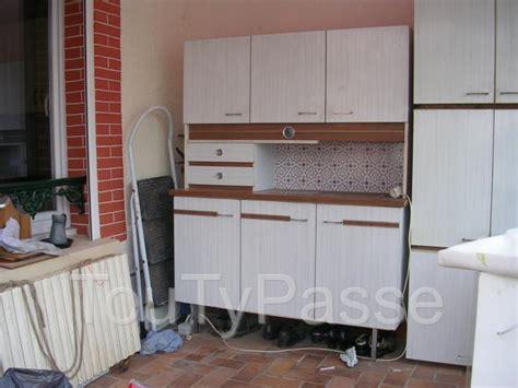 cherche cuisine 駲uip馥 occasion annonces cherche chaises formica vert clair meubles