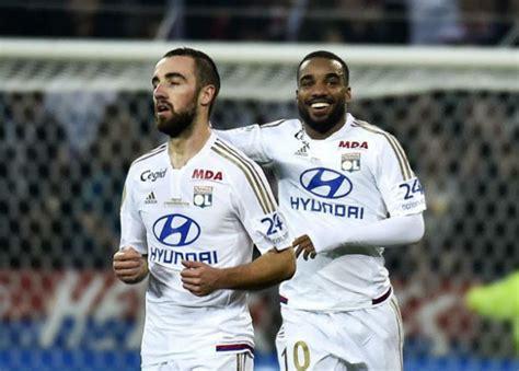 Resume Ligue 1 by R 233 Sum 233 Vid 233 O Et Buts Lyon Psg 2 1 L Ol Inflige Au Psg Sa 1 232 Re D 233 Faite De La Saison En