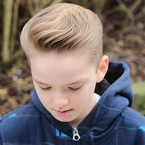 frisur junge kleinkind die besten 25 kinderfrisuren jungen ideen auf kleinkind junge haarschnitt