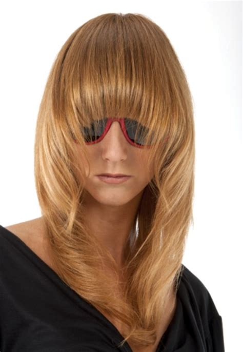 long tapered hair  long rounded bangs