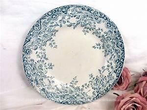 Assiette Bleu Canard : vendu assiette plate fleurs bleues st amand mod le lucerne le grenier de lisette ~ Teatrodelosmanantiales.com Idées de Décoration