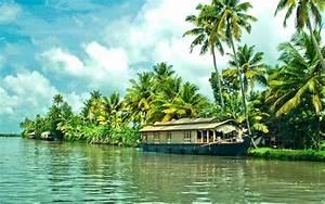 Kerala Tourism Honeymoon Packages with 5 Star Honeymoon Hotels