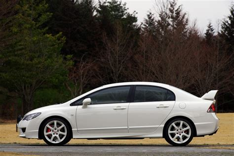 Civic Type R Japan by Honda Civic Type R Sedan With A 225hp 2 0 I Vtec Released