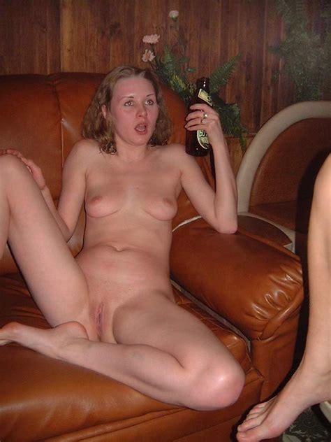 Amateur Horny Girls Full Nude At A Sauna Porn Amador