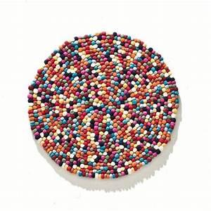 la redoute tapis rond laine feutree boules multicolores With tapis boules multicolores