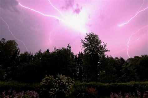 Pēc spēcīgā negaisa visvairāk avārijas atslēgumu ...