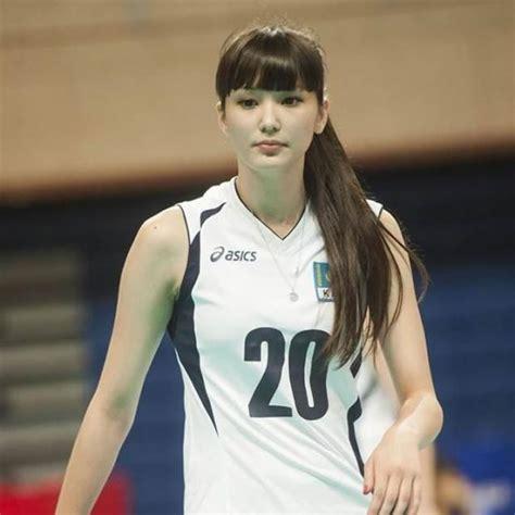 profil pemain voli tercantik sabina altynbekova
