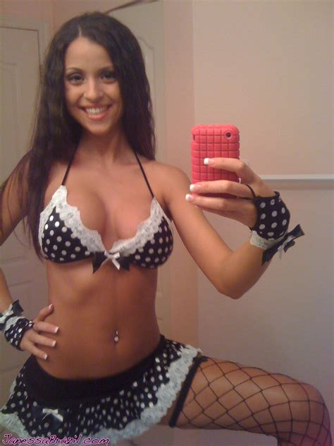 amateur Busty Babe Janessa brazil Self Nude Pics Nude amateur girls