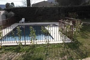 barriere de piscine castorama barriere piscine leroy With barriere securite piscine leroy merlin 16 barriere fer