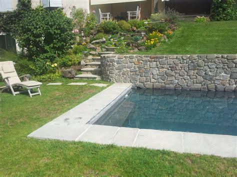 amenagement d un jardin en pente 7 mur pour une piscine rocaille et escalier kirafes