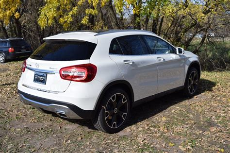 Bucking the industry trend, the gla crossover was outsold by its cla sedan sibling in 2016, albeit by only a few hundred units. New 2018 Mercedes-Benz GLA GLA 250 4MATIC® SUV SUV in Maplewood #8N10025 | Mercedes-Benz of St. Paul