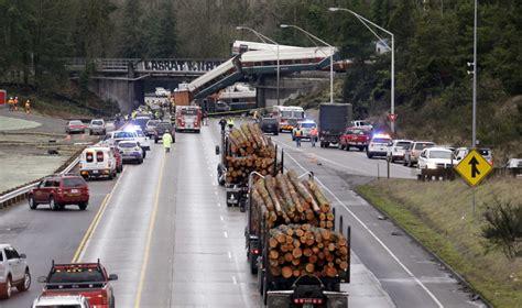 fatal train derailment snarls traffic strands travelers