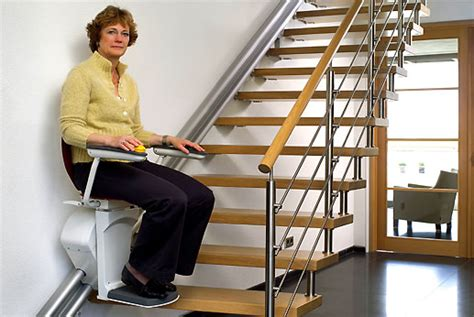 siege electrique pour escalier les monte escaliers otolift